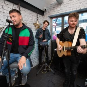 Dean Mac and the 105 at April's Kitchen KMF 2018